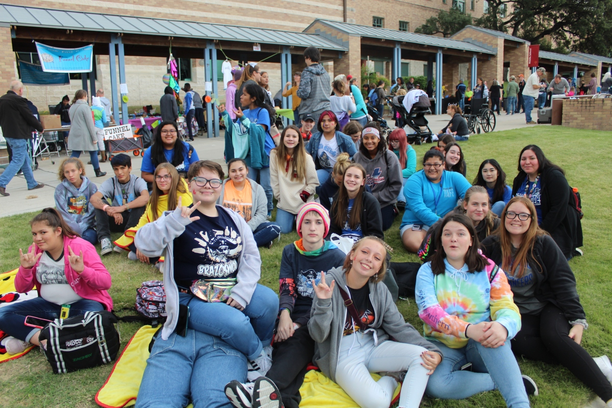 ASL Club Offers Variety of Activities for AllStudents