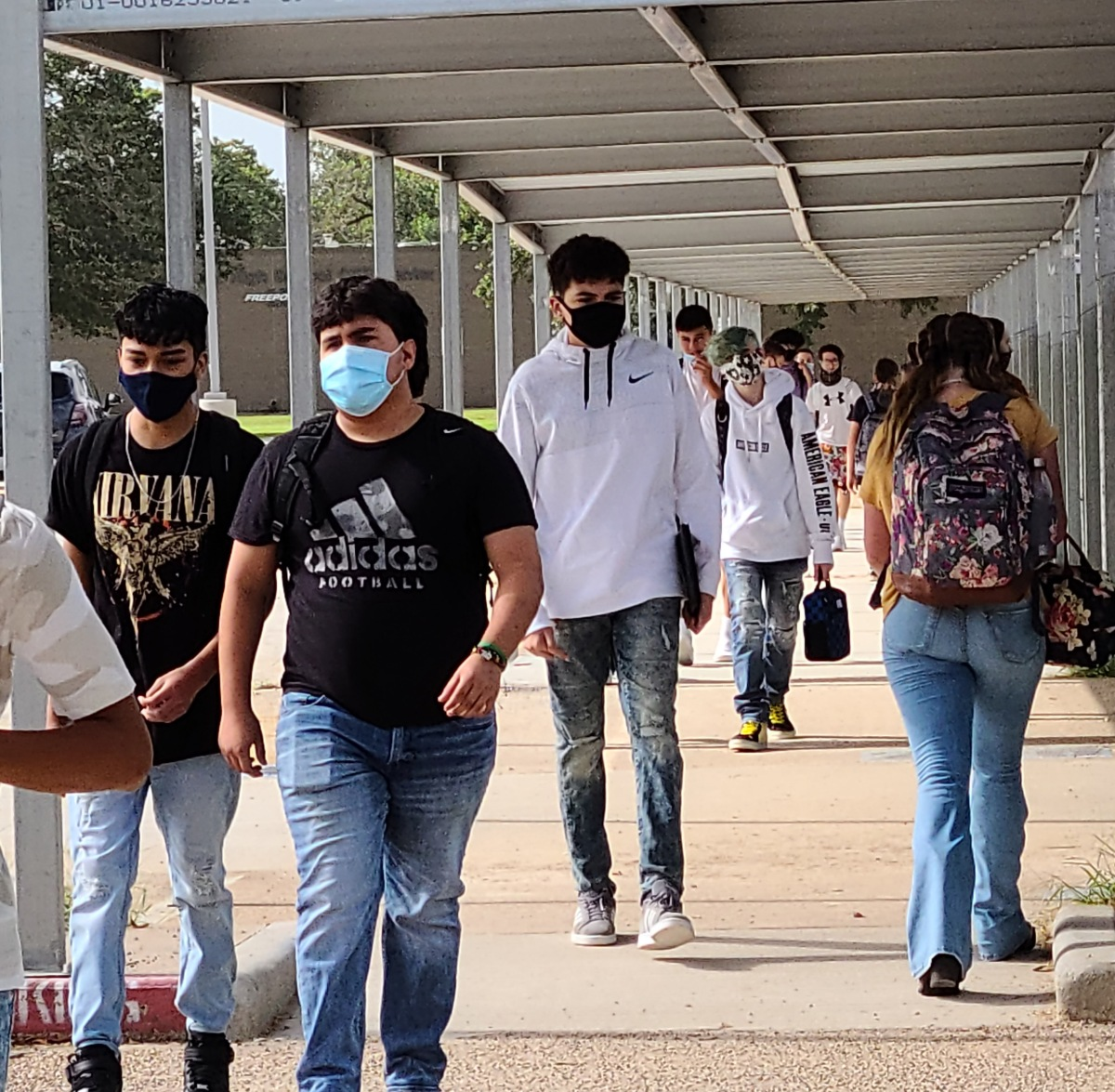 Brazoswood Welcomes Students Back Amid Pandemic andConstruction